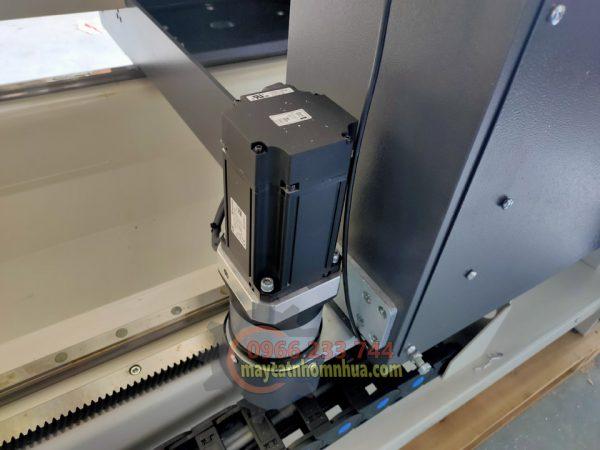 Đông cơ Servo 1.5kw giúp đầu máy di chuyển linh hoạt