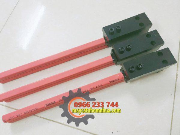 Kìm bấm bằng chất liệu thép SKD11 có độ bền kéo tốt, cân bằng giữa độ cứng và độ dẻo