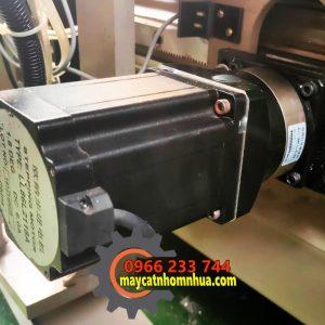 motor servo di chuyển đầu máy số 2